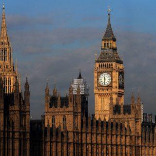 британский-парламент