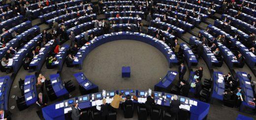 Европарламент одобрил отмену виз для Украины и Грузии