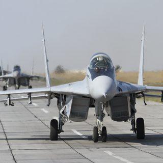 Минск выставляет счет Москве за размещение авиабазы в Белоруссии.
