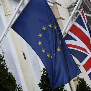 Brexit: британцы не спешат расстаться с ЕС
