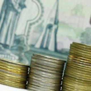 Сокращение доходов населения стало своеобразным драйвером углубления экономического кризиса в РФ.