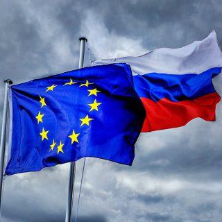 """Отзыв заявки на СП Nord Stream 2 не повлияет на спор по """"третьему энергопакету"""""""