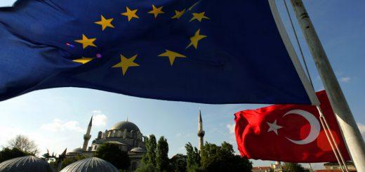 77% граждан ЕС против вступления Турции в союз