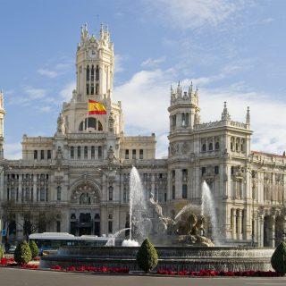 Евросоюз смотрит на Испанию с нетерпением и неудовольствием.