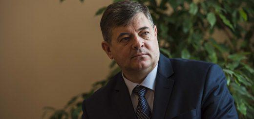 Министр экономики Киргизии Олег Панкратов
