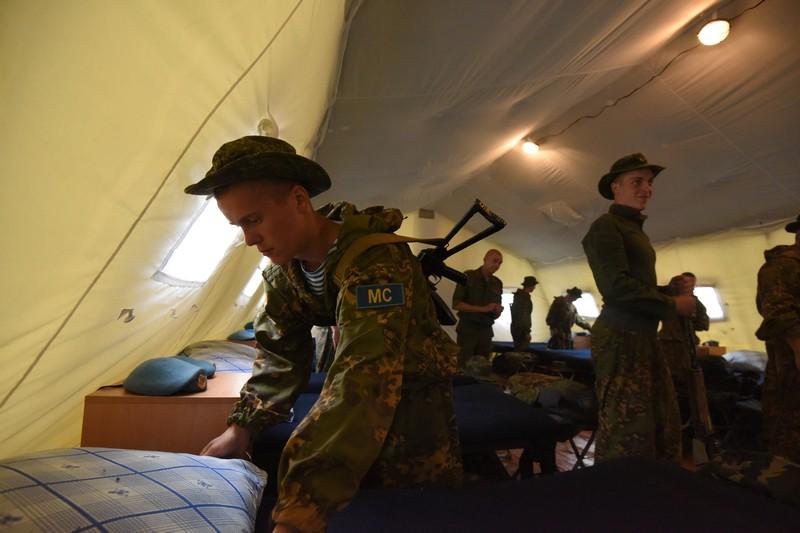 © SPUTNIK/ МАРИЯ АМЕЛИНА В палатках обустроены казармы