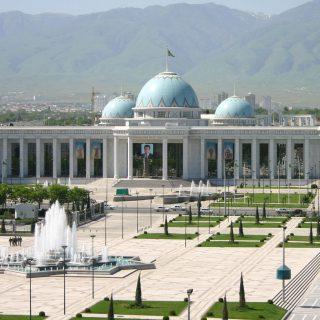 В Туркмении увеличен срок полномочий президента