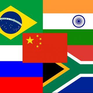 Лидеры Бразилии, России, Индии, Китая и ЮАР, собравшиеся в штате Гоа, призвали к расширению экономического взаимодействия.