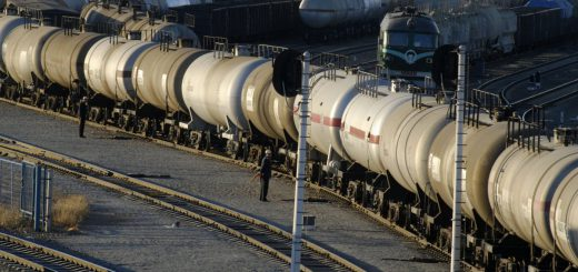 Дискуссия по увеличению поставок российской нефти в Белоруссию продолжается.