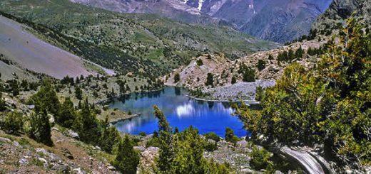 Таджикистан – горная страна, почти 93% территории которой приходится на хребты Памира и Тянь-Шаня.