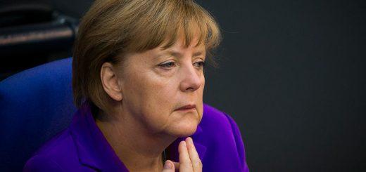 Меркель предпочла бы более жесткие меры в отношении России