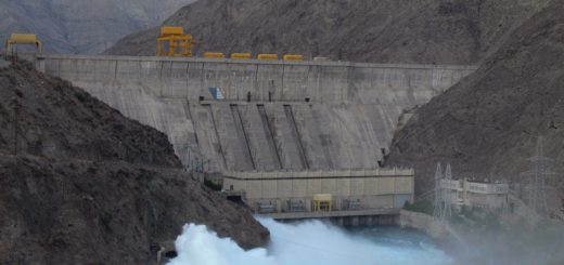 Главный камень преткновения между Ташкентом, Душанбе и Бишкеком – вопрос поставок энергоносителей.