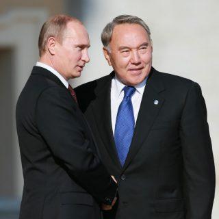 Восьмая за нынешний год встреча президентов Казахстана и России Нурсултана Назарбаева и Владимира Путина, состоявшаяся в Астане, ознаменовалась заключением двусторонних соглашений на более чем 27 млрд долл.