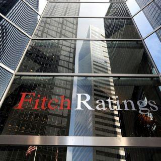 Российские власти с 2014 года направили на поддержку банковского сектора 3,2 триллиона рублей, что эквивалентно 3,7% от оценочного размера ВВП за 2016 год, подсчитали в рейтинговом агентстве Fitch