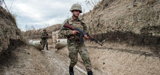 Военные ведомства Азербайджана и Армении в очередной раз заявили об обострении ситуации в зоне нагорно-карабахского конфликта.