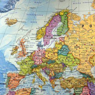 Почему Восточная Европа обречена жить вдвое беднее немцев?