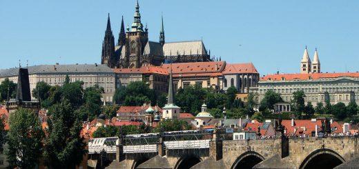 Чешские политики считают, что отменять санкции против РФ преждевременно