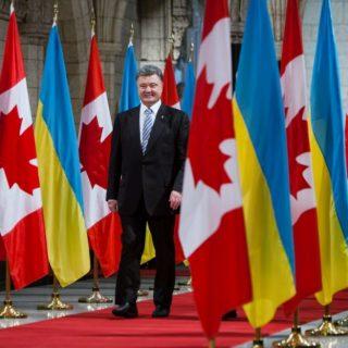 Между Канадой и Украиной создана зона свободной торговли и подписано соглашение о военном сотрудничестве.