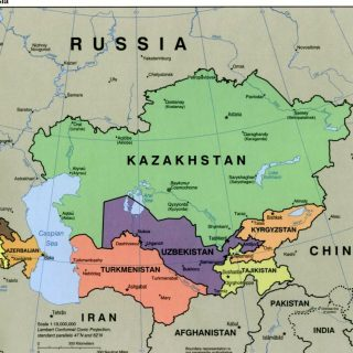 В условиях глобализации нахождение на стыке регионов выглядело преимуществом.