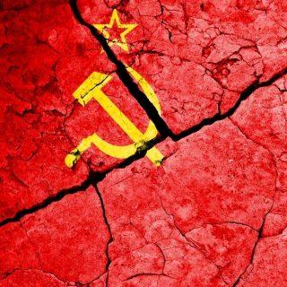 Foreign Policy посвятил отдельный выпуск 25-летней годовщине распада Советского Союза.
