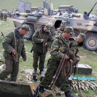 Россия в 2017 году поставит в Таджикистан авиатехнику, оружие и боеприпасы