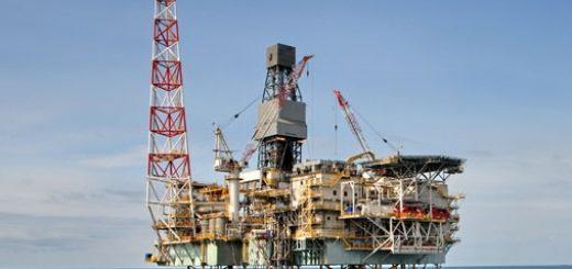 Совет директоров Азиатского банка развития (АБР) утвердил выделение 1 млрд долл. Азербайджану на реализацию второй стадии разработки газоконденсатного месторождения «Шах-Дениз» в азербайджанском секторе Каспия.