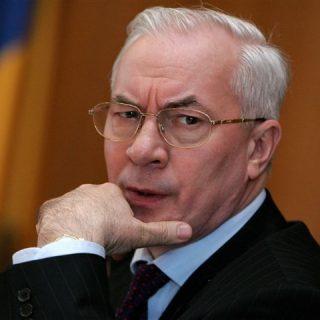 бывший премьер-министр Украины, председатель «Комитета спасения Украины» Николай Азаров
