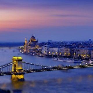 Венгрия выступает за прагматичные отношения с Россией