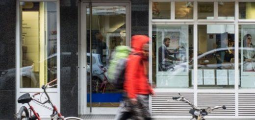 Deutsche Bank выплатит США и Великобритании штраф