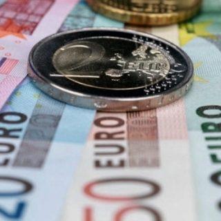 после Brexit все страны ЕС должны ввести евро