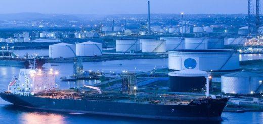 Белоруссия заключила контракт на покупку нефти у Ирана