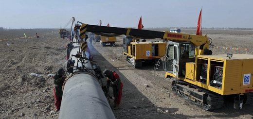 Строительство нефтепровода в Китае