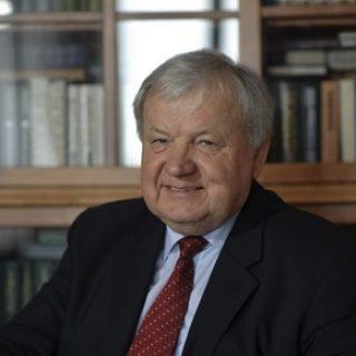 Александр Ципко