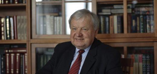 Александр Ципко, главный научный сотрудник Института экономики РАН