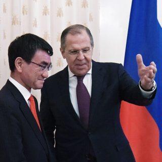 Сергей Лавров и Таро Коно