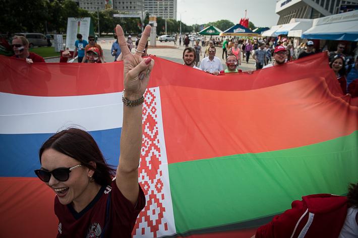 Американские журналисты провели в Белоруссии опрос, удивившись, как белорусы относятся к России