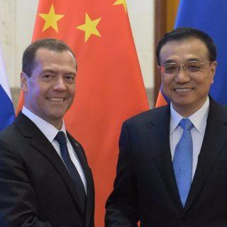 Дмитрий Медведев и Ли Кэцян