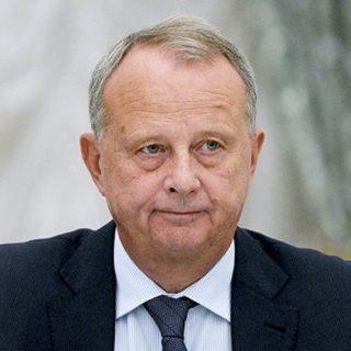 Александр Дынкин