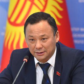 Глава МИД Киргизии Руслан Казакбаев